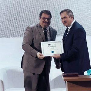 Посол ЕС в Молдове наградил примара Олега Гаризан за активное развитие села в рамках проекта «Мэры за экономичкский рост»