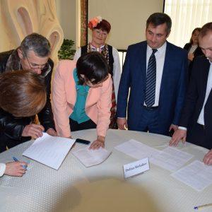 «На пути к процветанию сёл» — Копчак подписал соглашение в рамках программы SARD между участниками МИГов о совместном партнерстве