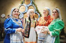 Творческие коллективы из Копчака приняли участие в дне гагаузской культуры в замке Мими