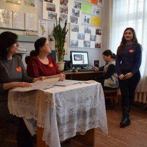 (ФОТО) В библиотеке ко Дню влюблённых провели литературно-музыкальную композицию «Поговорим о любви» с учащимися 10 класса