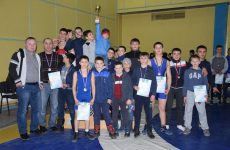 (Фото/Видео) В Копчаке состоялся чемпионат по вольной борьбе