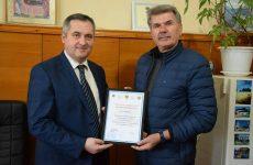 Примар поблагодарил руководство города Мустафакемальпаша за передачу Копчаку специализированной мусороуборочной техники