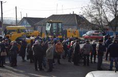 В Копчаке освятили грейдер купленный примэрией в рамках программы MiDL при поддержке жителей и выходцев села