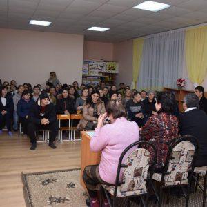 Олег Гаризан рассказал на родительском собрании о ходе капитального ремонта детского сада №3