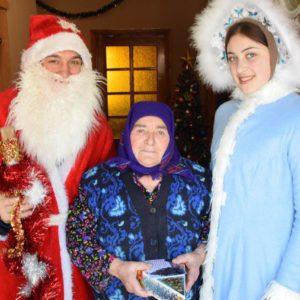Пенсионеры Копчака получили рождественские поздравления от примэрии и Дома Культуры