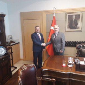 По приглашению посла Турции в Молдове Гюрола Секменсер примар Копчака Олег Гаризан посетил посольство Турции