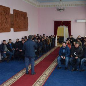 Состоялась рабочая встреча примара с жителями села по вопросу обсуждения плана строительства улиц с твердым покрытием в 2019 году