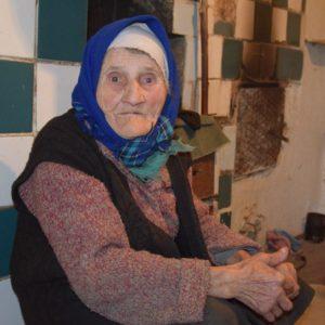 Центр социальной поддержки населения с. Копчак разносит горячее питание одиноким пенсионерам села