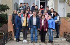 19 апреля танцевальный коллектив «Чекирге» с официальной делегацией примэрии с. Копчак отправились в Турцию