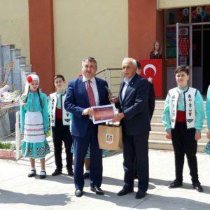 Танцевальный коллектив «Чекирге» с официальной делегацией примэрии на детском фестивале в Турции