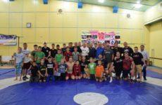 В спорткомплексе состоялся товарищеский матч по вольной борьбе между командами с. Копчак и клубом «Атлеты в действии» из Америки