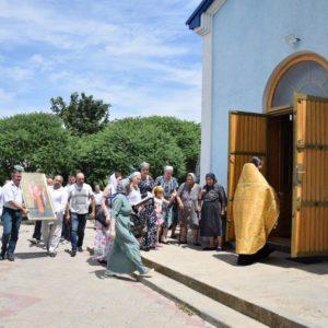 12 июня в село Гайдар была доставлена икона Святого Феофила Мироточивого, который является гагаузом по происхождению и причислен к лику святых