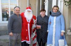 Примэрия, ДК и молодежная организация «Kıpçak gençleri» поздравили с Новым Годом и Рождеством пенсионеров и детей с ограниченными возможностями