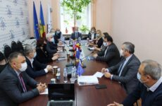26 октября 2020 г., в офисе CALM состоялась встреча представителей МПУ РМ с Послом Европейского Союза в РМ Петером Михалко
