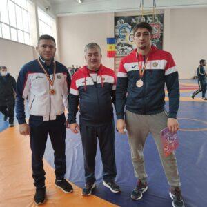 Борцы из Копчака выиграли золото и бронзу Чемпиона Молдовы по вольной борьбе