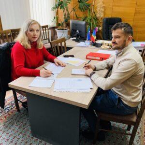 """В рамках программы """"Mă implic"""" прошли консультации по формированию плана действий и ключевых мероприятий"""