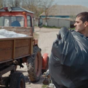 Санитарная очистка села от мусора