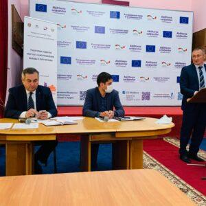 (VIDEO) 20 мая по инициативе советников села было созвано внеочередное заседание Местного Совета в связи с социально-экономической ситуацией в селе Копчак и АТО Гагаузия