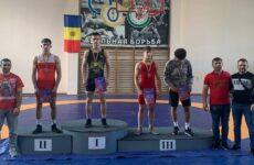 Копчакские борцы приняли участие в чемпионате Молдовы по вольной борьбе.