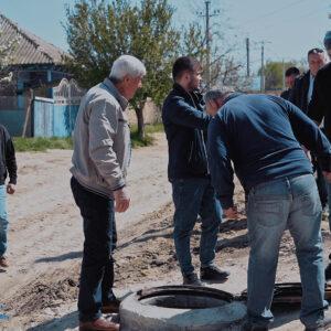 Комиссия провела прием работ по канализации