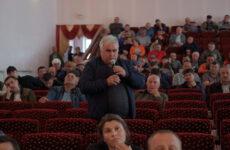 (VIDEO) Экстренное заседание местного совета