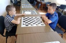 Турнир по шашкам в честь Дня защиты детей