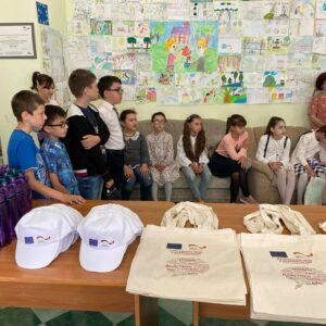 (Foto) Награждение призеров конкурса детских рисунков.