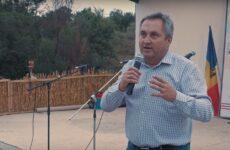 В честь 31 годовщины провозглашения Гагаузкой Pеспублики примар с. Копчак Олег Гаризан поздравил жителей с праздником.